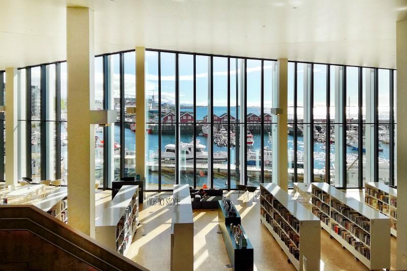 Andar per biblioteche Norvegia 3 - interno storie