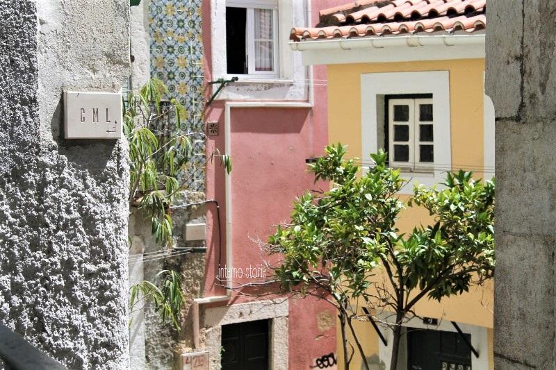 Diario di bordo - Sintra, l'Atlantico e Lisbona tra antico e contemporaneo - Alfama - interno storie