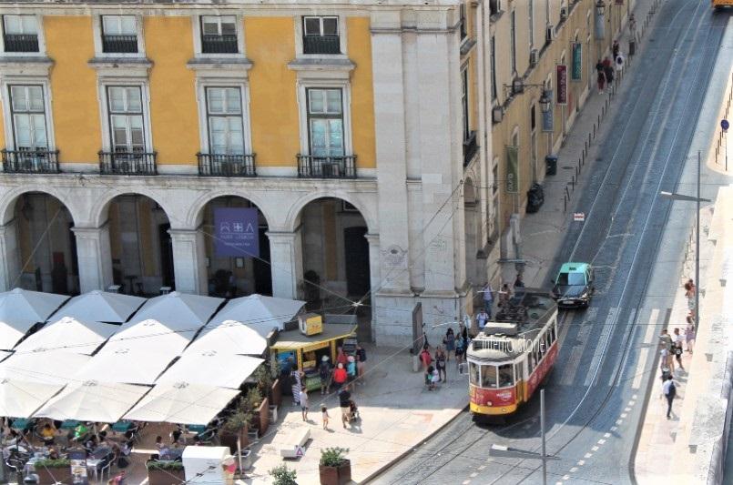 Diario di bordo - Sintra, l'Atlantico e Lisbona tra antico e contemporaneo - Arco da Rua Agusta - interno storie