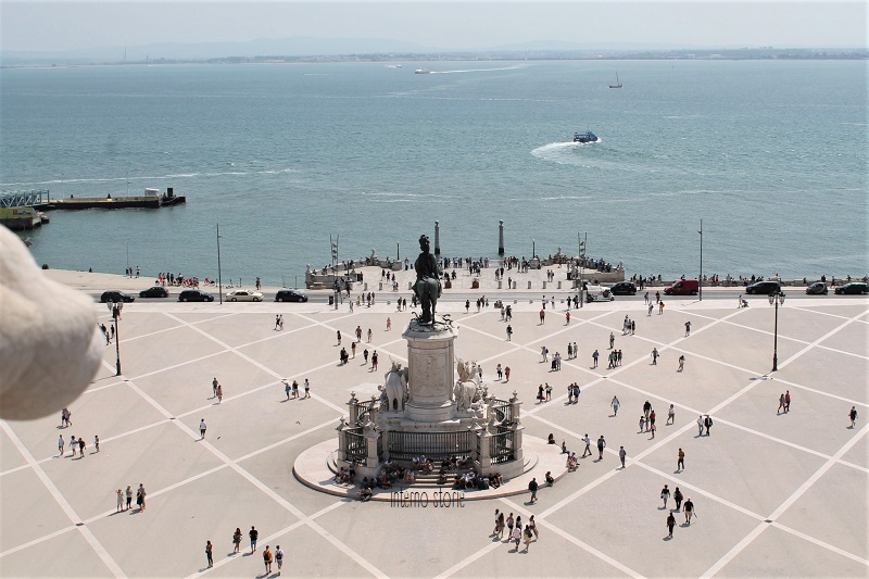 Diario di bordo - Sintra, l'Atlantico e Lisbona tra antico e contemporaneo - Praca do comercio - interno storie