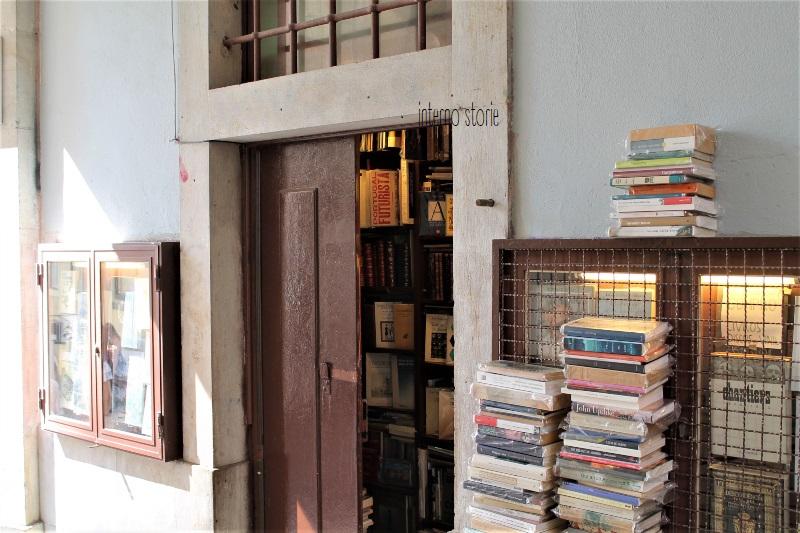 Andar per librerie Porto e Lisbona - Simao - interno storie