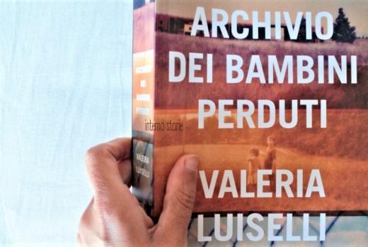 Archivio dei bambini perduti di Valeria Luiselli - interno storie
